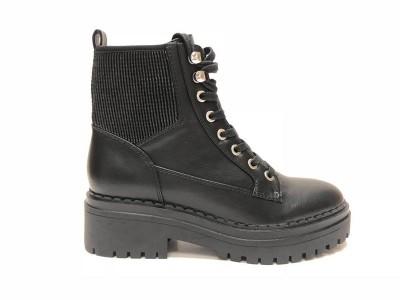 女鞋生产厂家上新的两款靴子,无论是自购还是加盟,都是不错的选择!