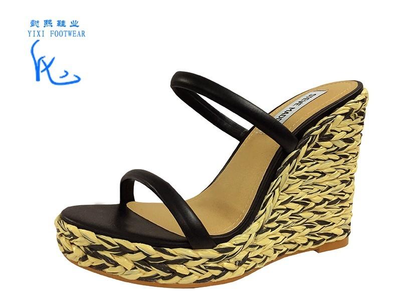 坡跟凉鞋防水台草编凉鞋