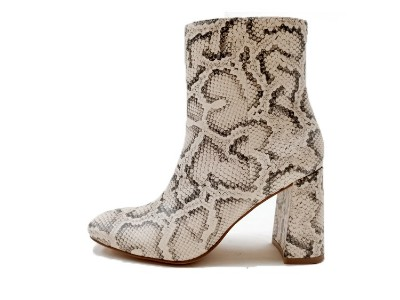东莞懿熙鞋业女鞋生产厂家-蛇纹马丁靴-女鞋加工厂