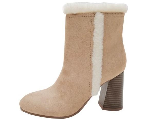 女鞋代工厂家直供马丁靴,OEM定制