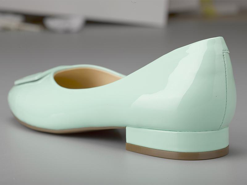 女士多色粗跟单鞋鞋跟