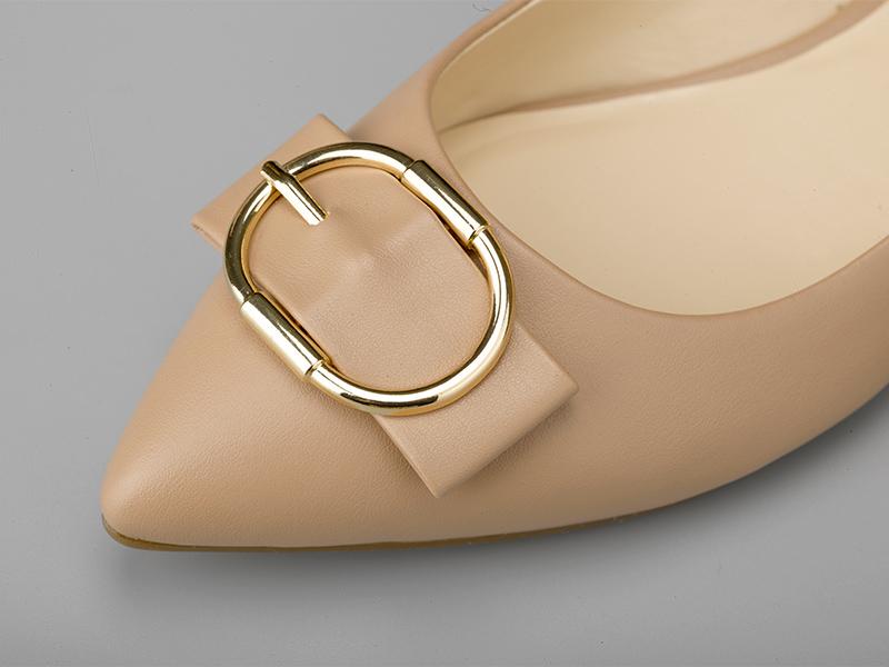 女士经典平底单鞋鞋头