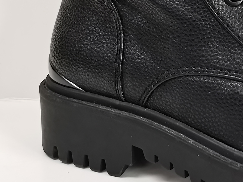 拼接皮革中筒马丁靴鞋跟