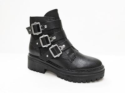 东莞懿熙女鞋生产厂家--皮革锁扣马丁靴-代工工厂