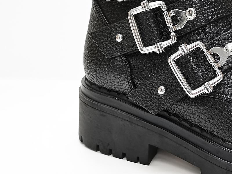 皮革锁扣马丁靴鞋跟