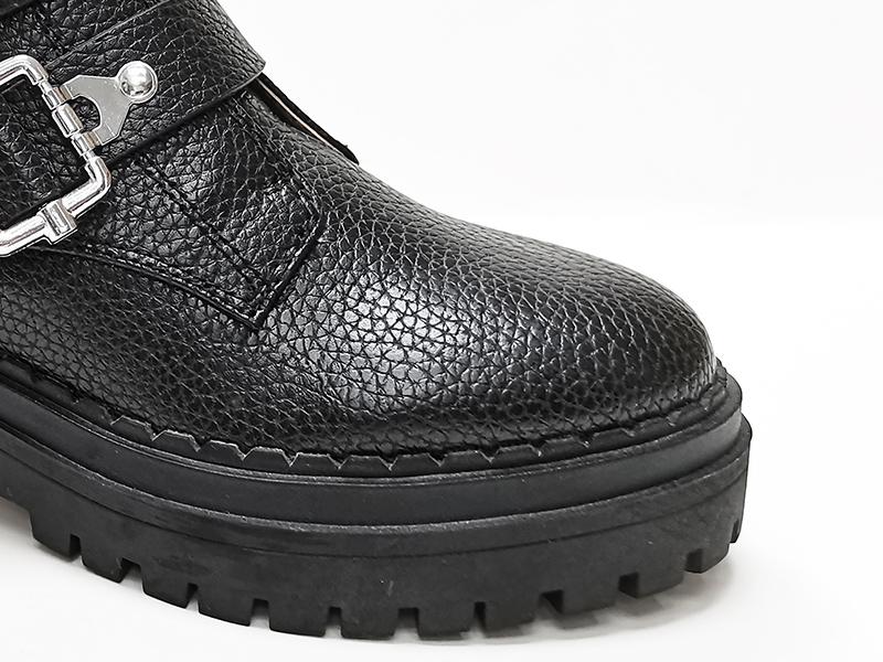 皮革锁扣马丁靴鞋头