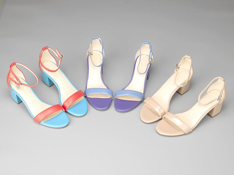 女士粗跟凉鞋三色