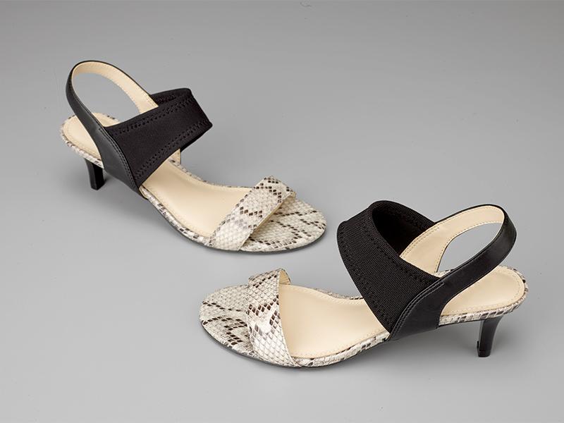 女士露指高跟凉鞋蛇纹