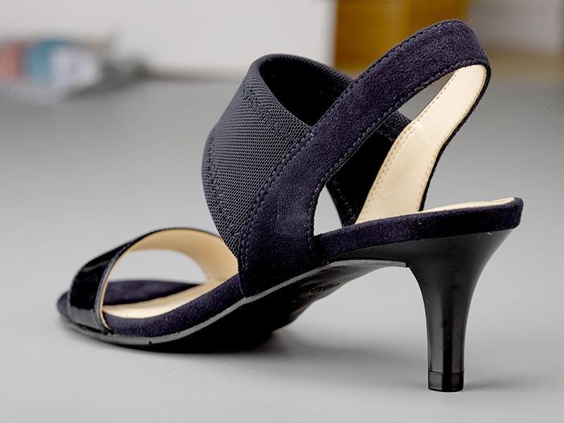 女士露指高跟凉鞋鞋跟