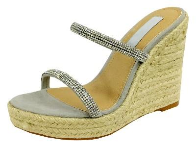 女鞋加工厂OEM定制凉鞋钻石