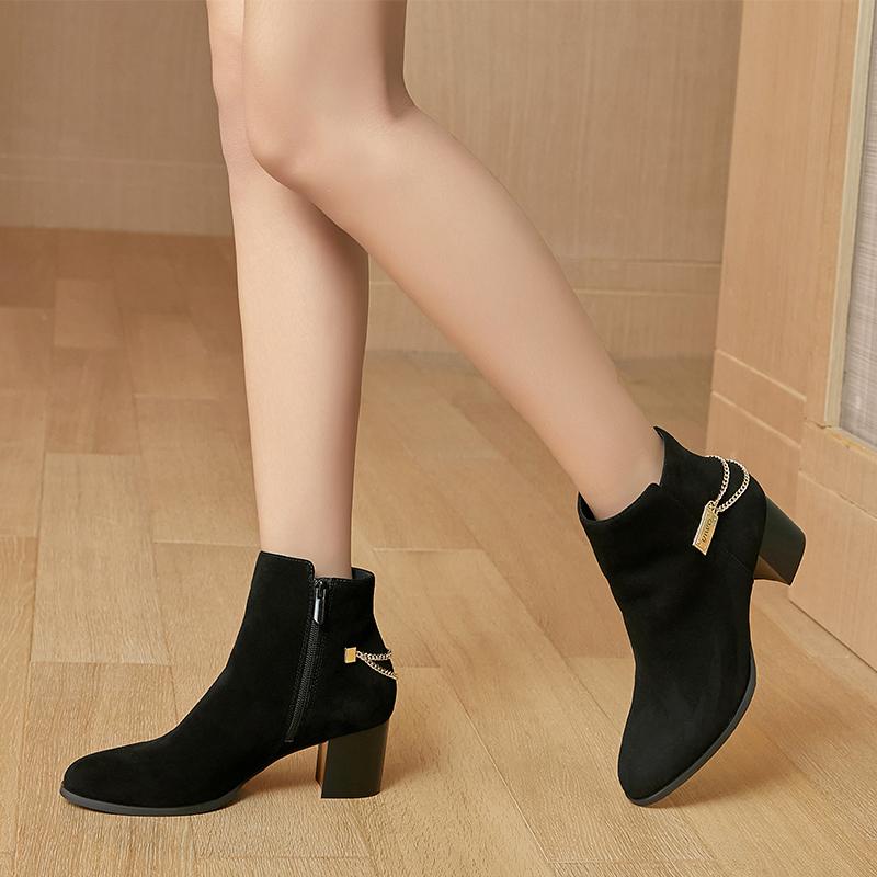 东莞懿熙鞋业有限公司女鞋生产厂家-新款粗跟马丁靴-代工工厂