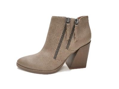 东莞懿熙鞋业女鞋生产厂家-冬季拉链粗跟短靴-女鞋加工厂
