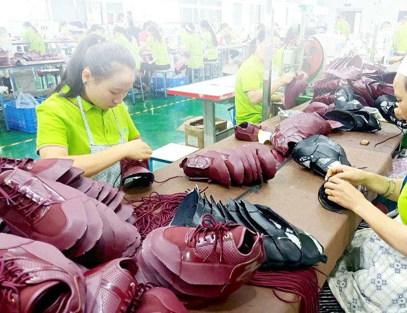 鞋子加工厂鞋面制作-单鞋定制流程