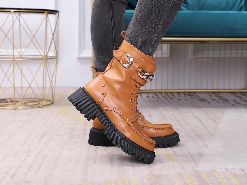 女鞋生产厂家-马丁靴YW-037棕上脚4