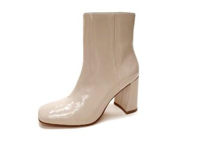 东莞懿熙鞋业女鞋生产厂家-高跟短靴-女鞋加工厂