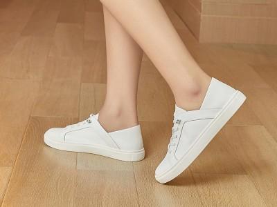 东莞懿熙鞋业女鞋生产厂家-运动鞋小白鞋-女鞋加工厂