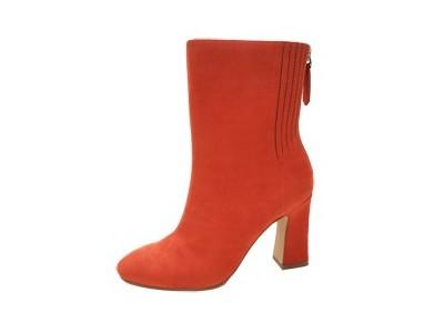 东莞懿熙鞋业女鞋生产厂家-冬季粗跟羊绒短靴-女鞋加工厂