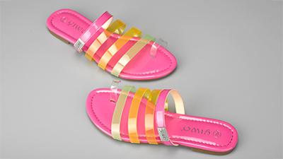 凉鞋定制与拖鞋定制区别