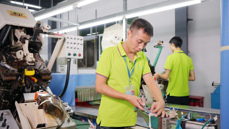懿熙鞋业以创新发展突破行业困境