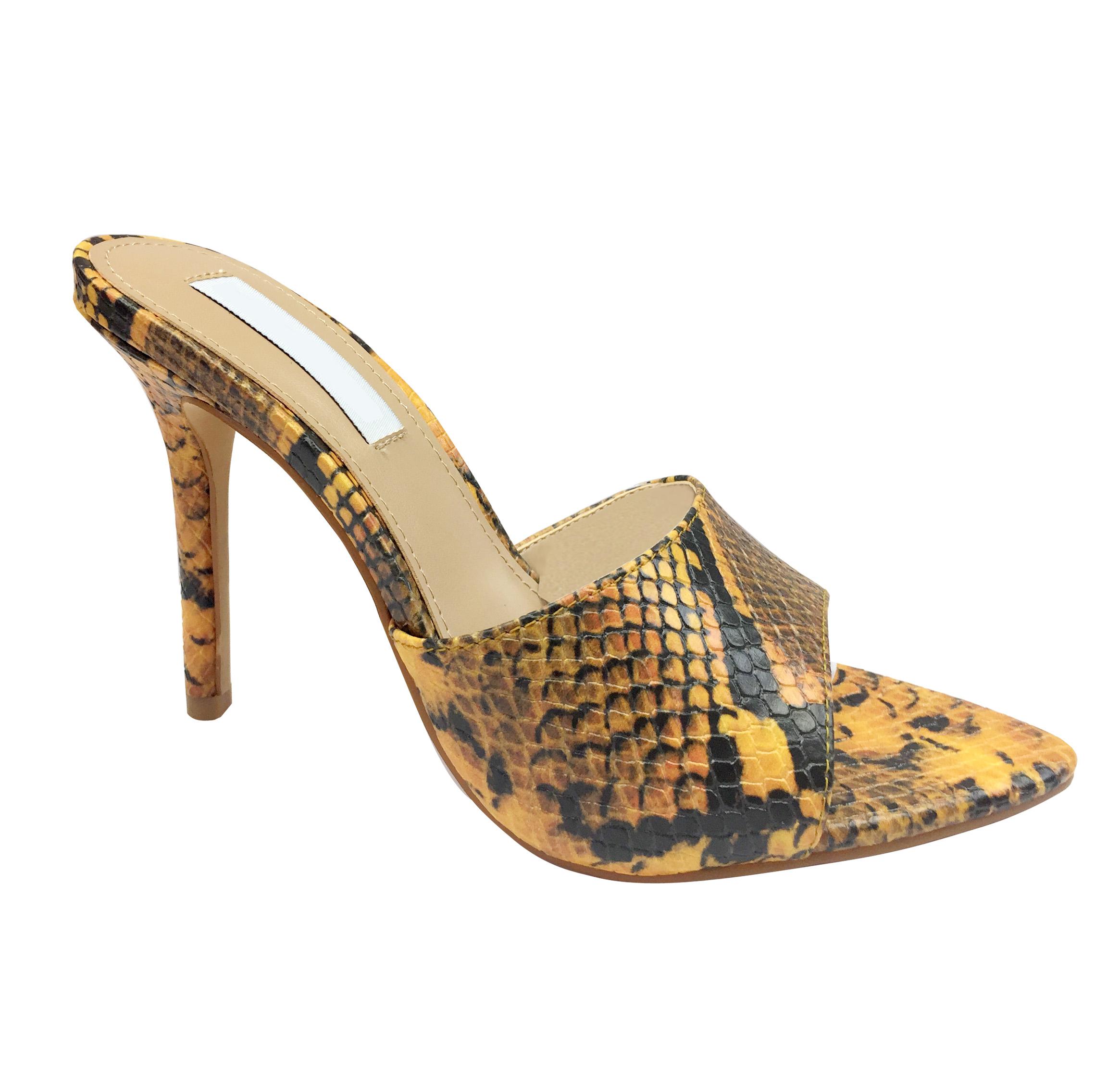 女鞋加工厂OEM定制-女鞋贴牌工厂直供坡跟凉鞋