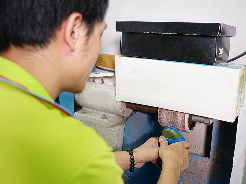 女鞋生产厂家懿熙鞋业基地生产现场