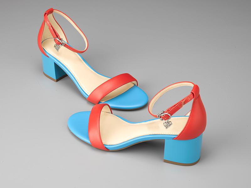 女士粗跟凉鞋-红蓝